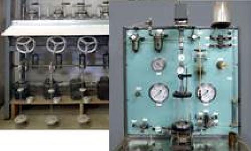 三軸圧縮試験